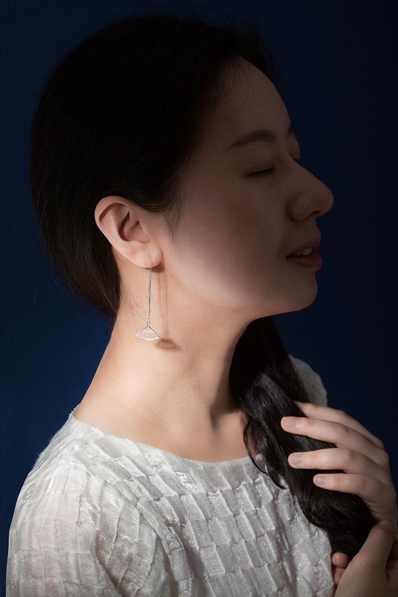 耳线佩戴1.jpg